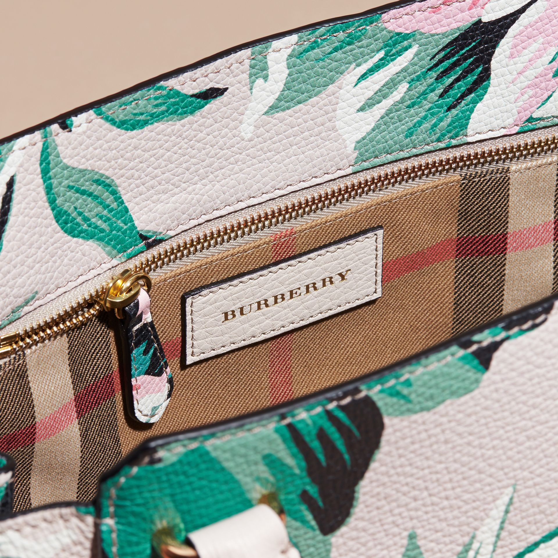 The Medium Buckle Tote in Peony Rose Print Leather in Natural/emerald Green - gallery image 6