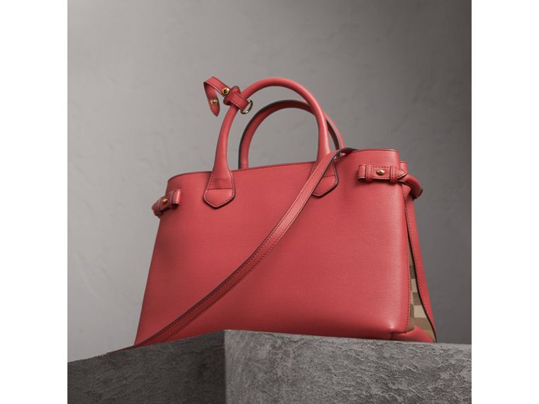 The Medium Banner in Leather and House Check in Cinnamon Red - Women | Burberry Australia - cell image 4