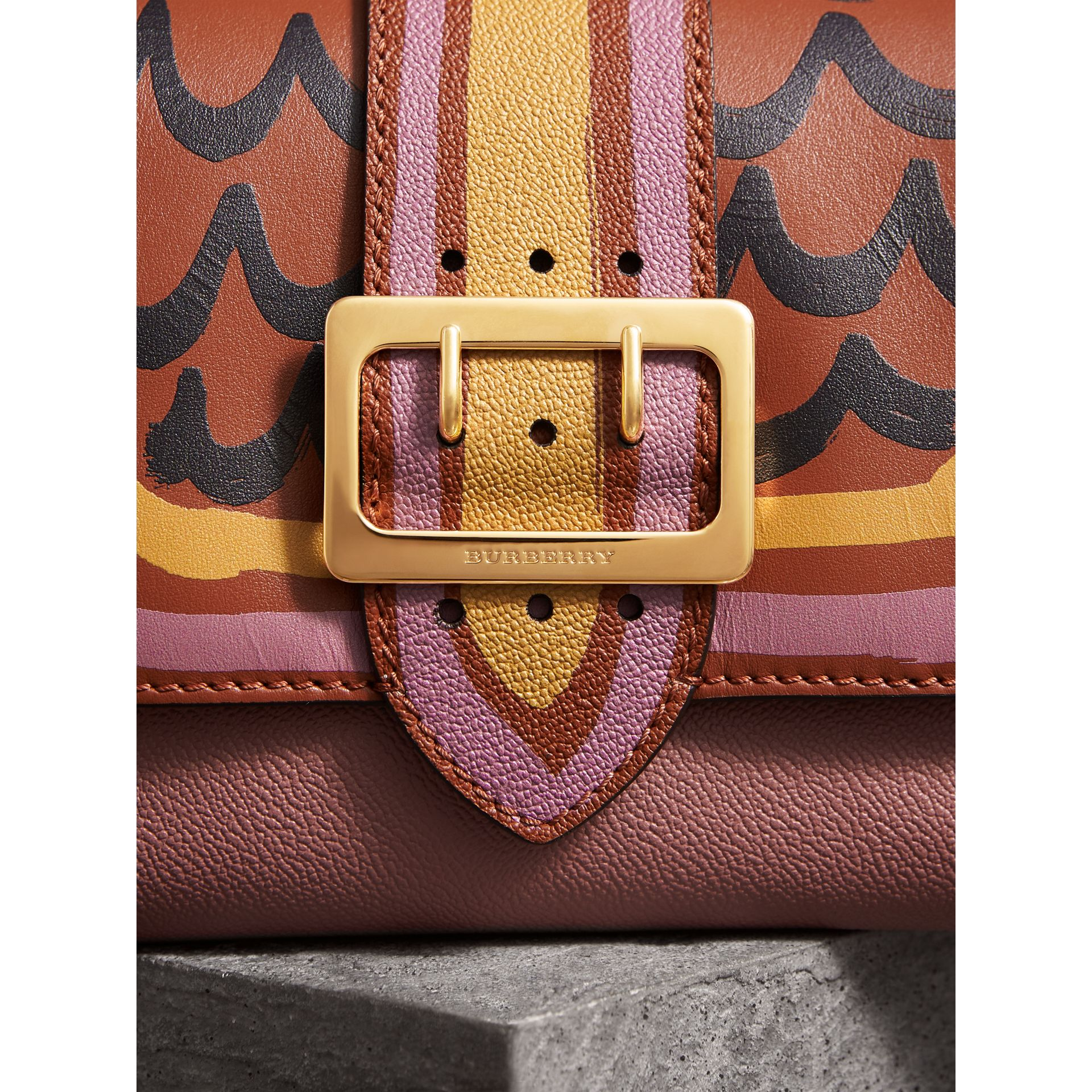 The Buckle Crossbody Bag in Trompe L'oeil Leather in Dusty Pink/bright Toffee - Women | Burberry - gallery image 2