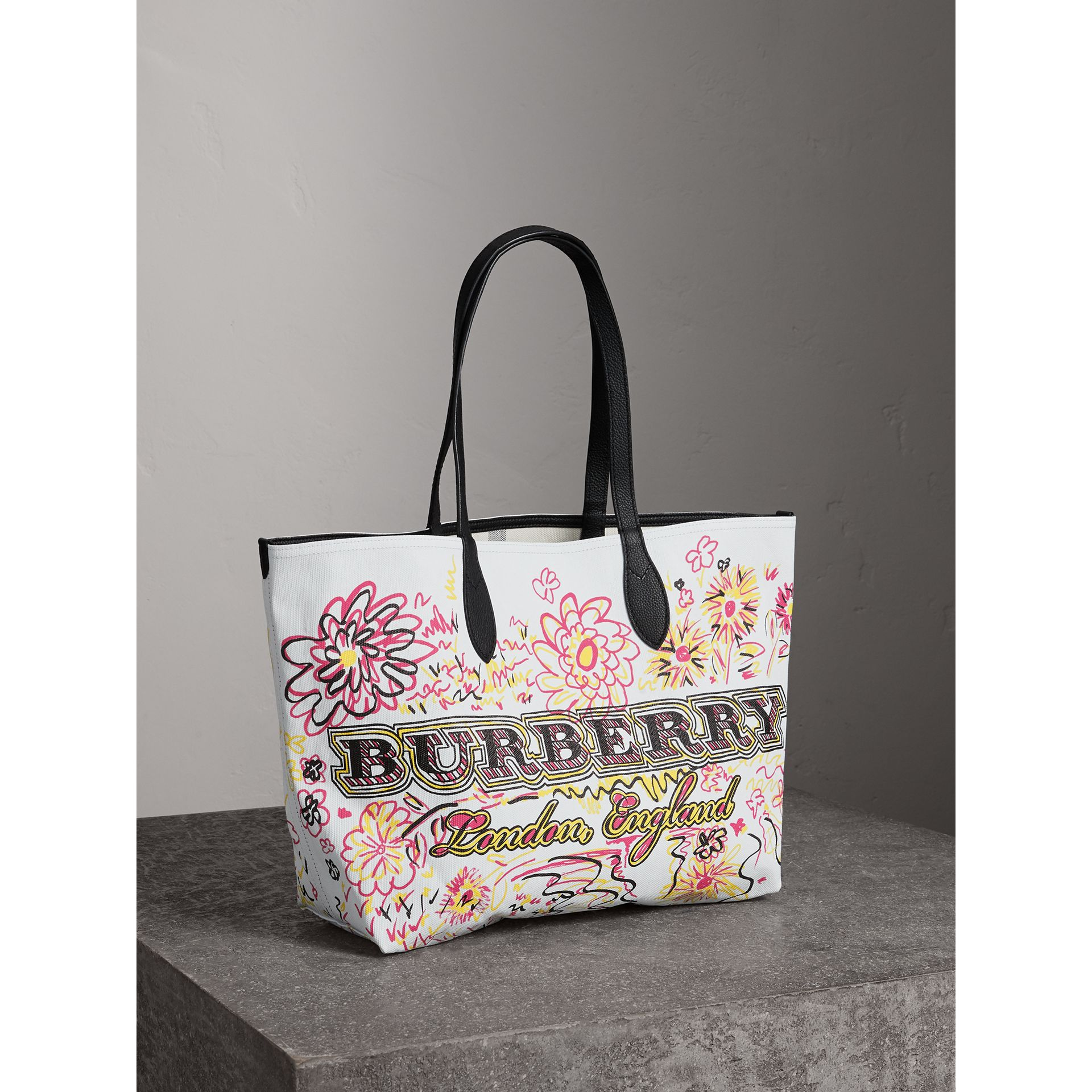 The Medium Reversible Doodle Tote in White/black - Women | Burberry - gallery image 6