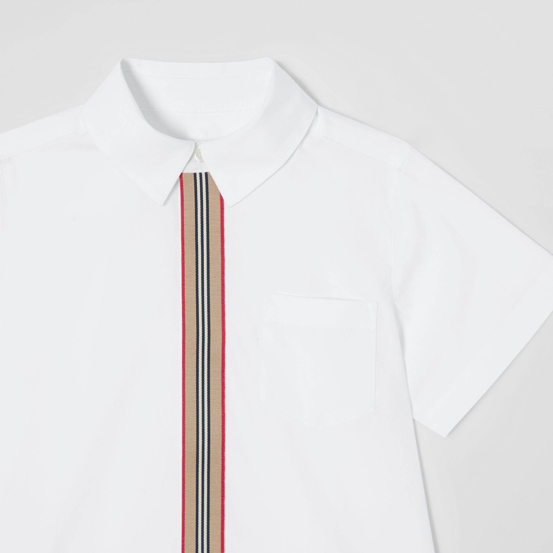 Short-sleeve Icon Stripe Trim Stretch Cotton Shirt in White | Burberry United Kingdom - gallery image 4