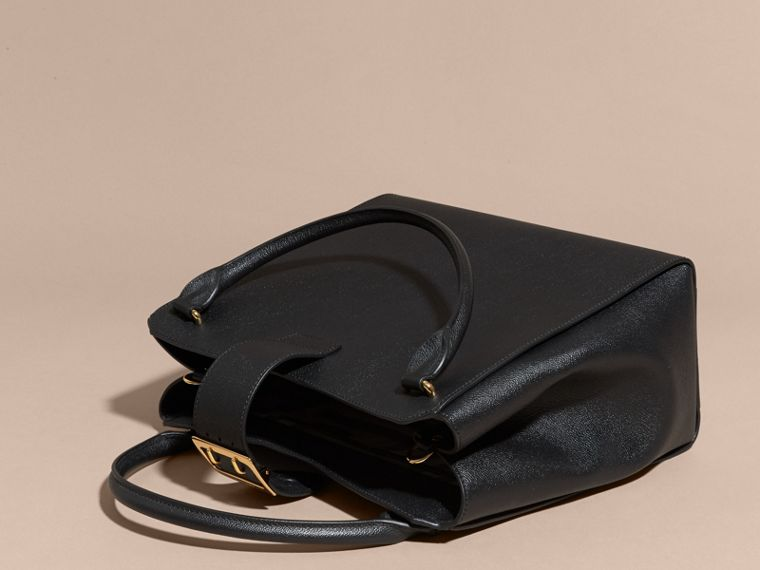 The Large Buckle Tote in Grainy Leather in Black - cell image 4