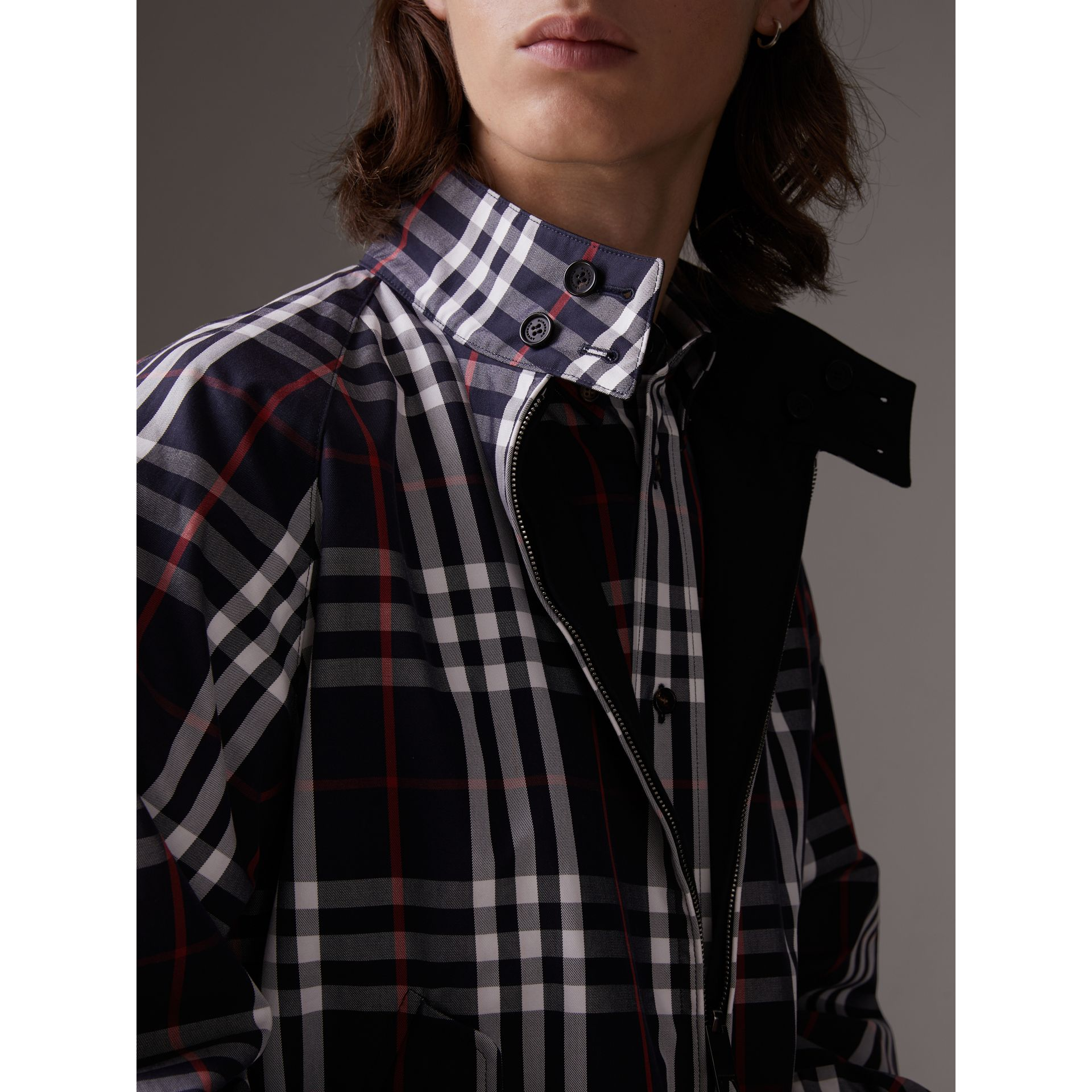 Gosha x Burberry Reversible Harrington Jacket in Navy | Burberry United Kingdom - gallery image 6
