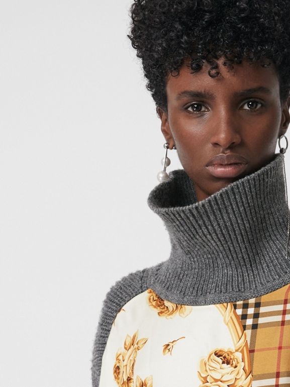 Archive Scarf Print Panel Wool Turtleneck Sweater in Grey Melange - Women | Burberry United Kingdom - cell image 1