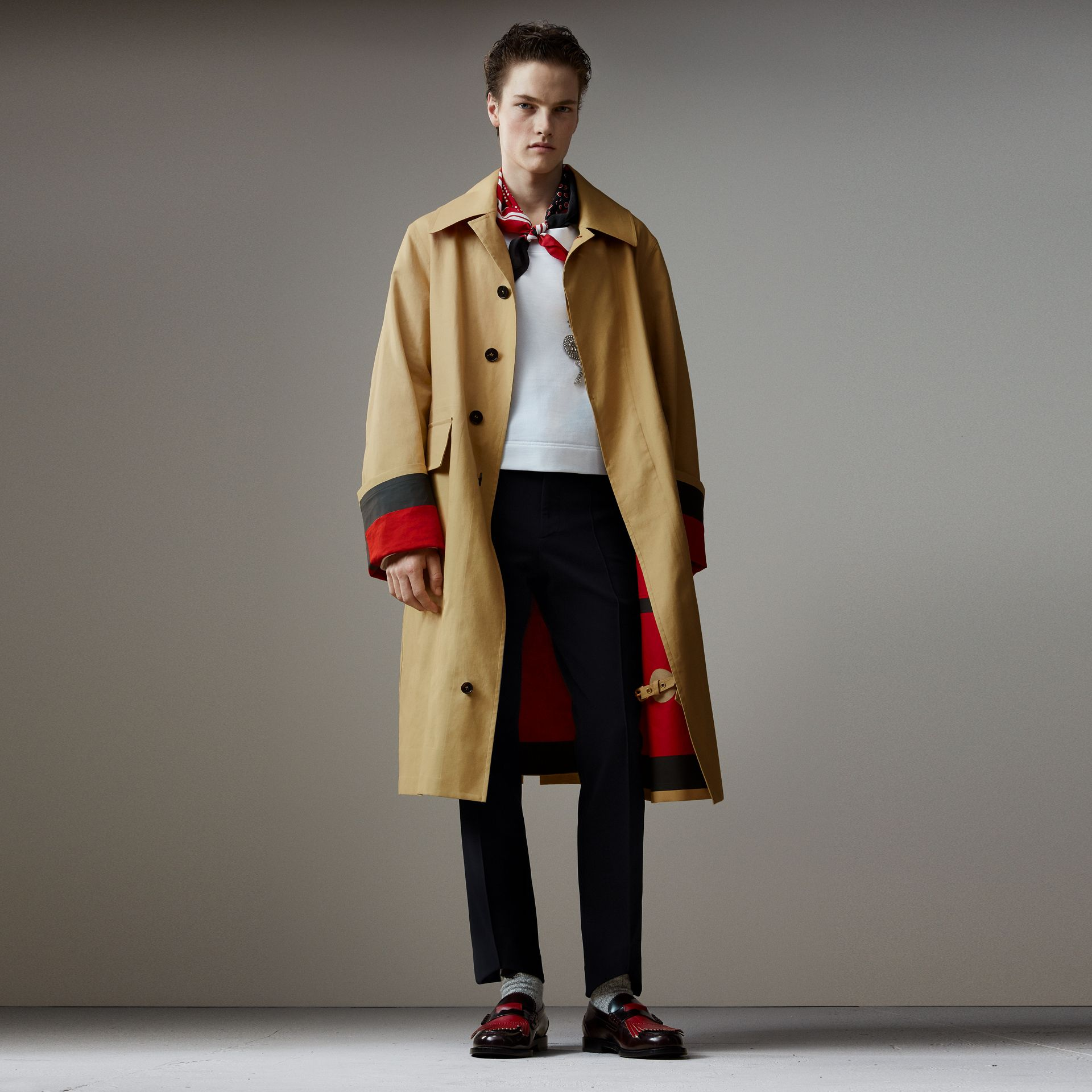 Bonded Cotton Oversized Seam-sealed Car Coat in Beige/red - Men | Burberry Canada - gallery image 0