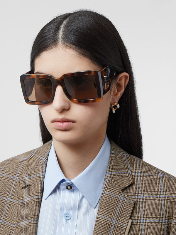 B Motif Square Frame Sunglasses in Tortoise Amber | Burberry United Kingdom - cell image 2
