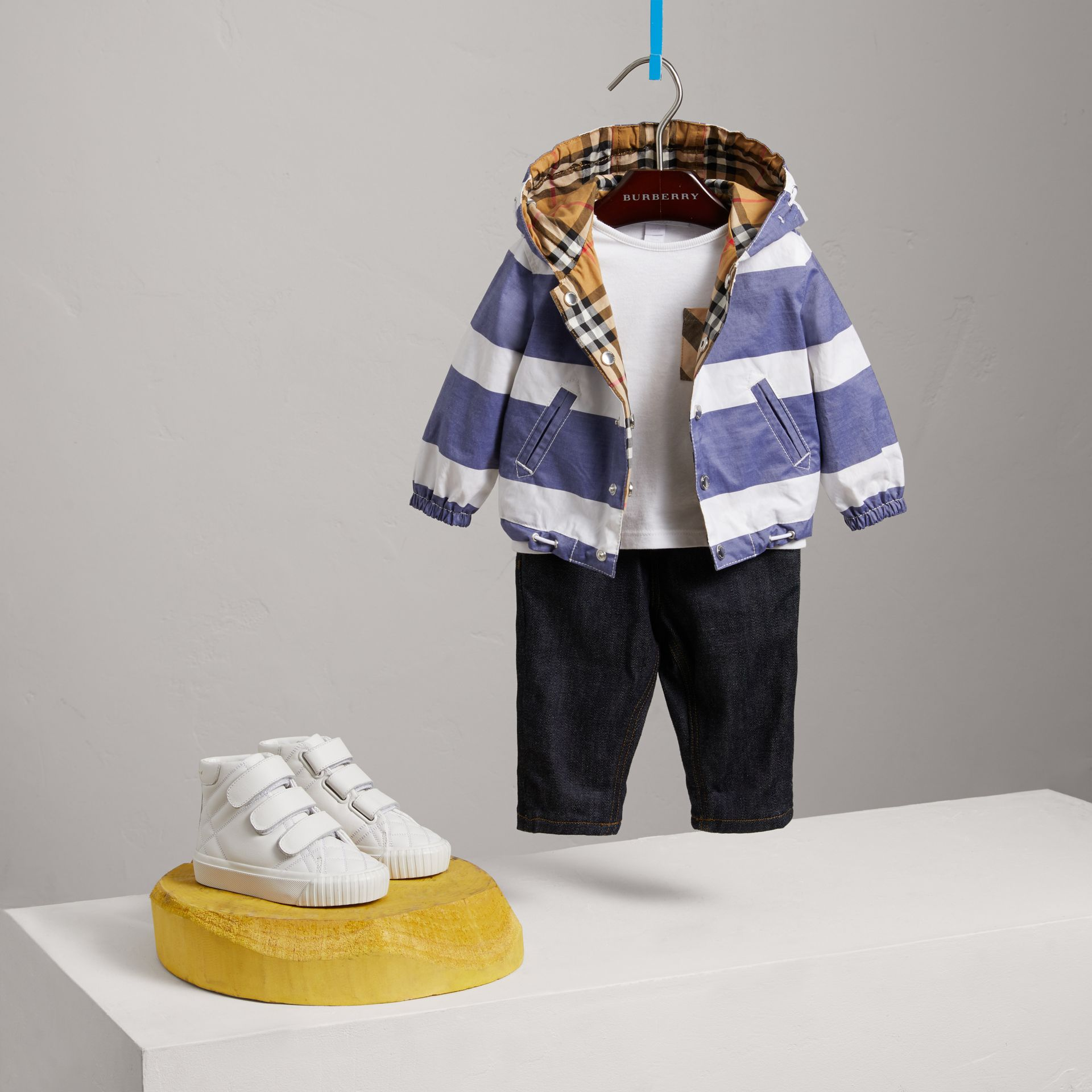 Reversible Stripe and Vintage Check Hooded Jacket in Navy/white - Children | Burberry - gallery image 2