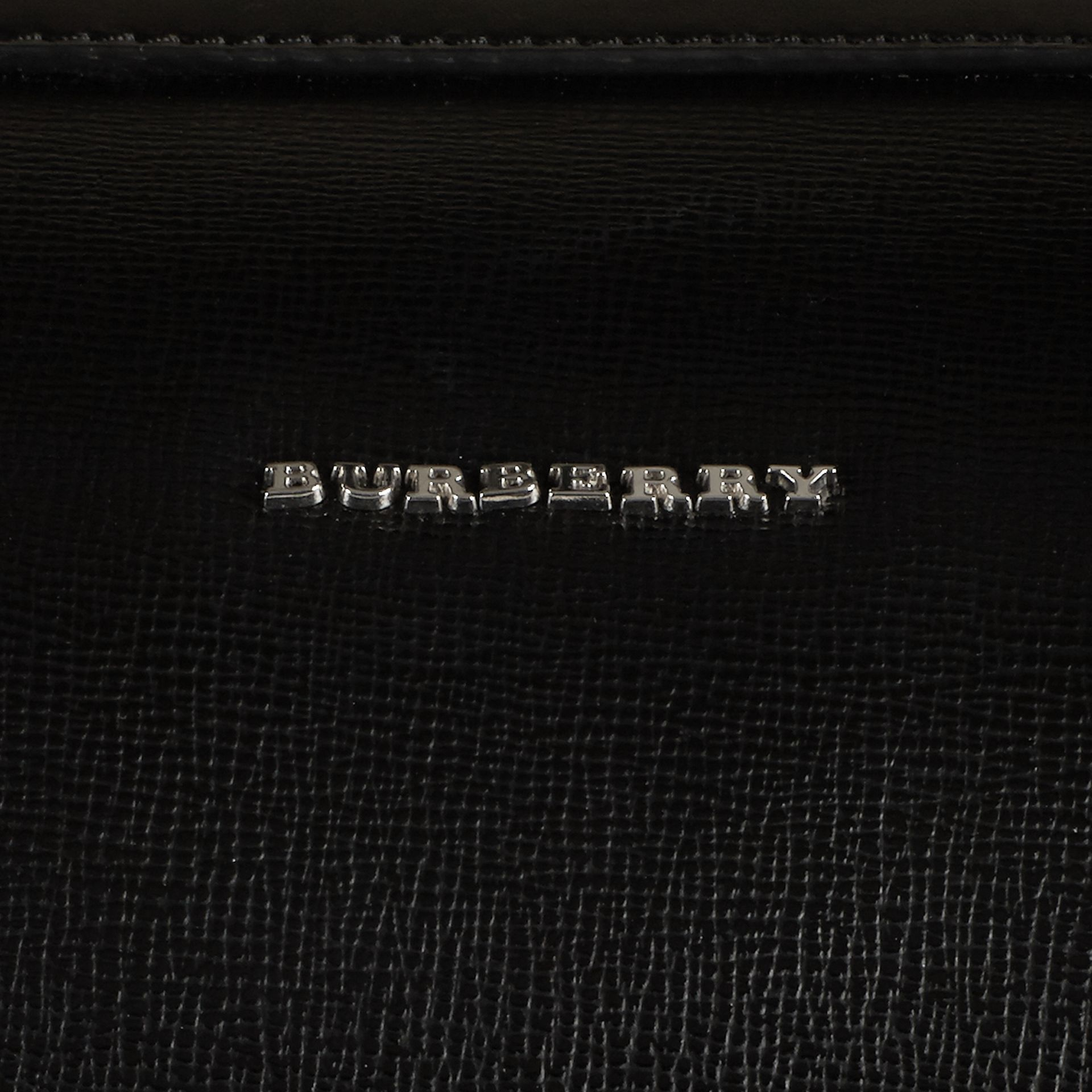 London Leather Holdall in Black | Burberry Canada - gallery image 2