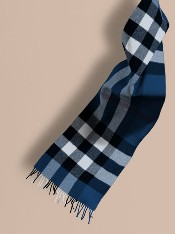 The Large Classic Cashmere Scarf in Check Marine Blue