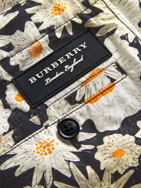 Daisy Print Cotton Chino Shorts in Black | Burberry - cell image 1