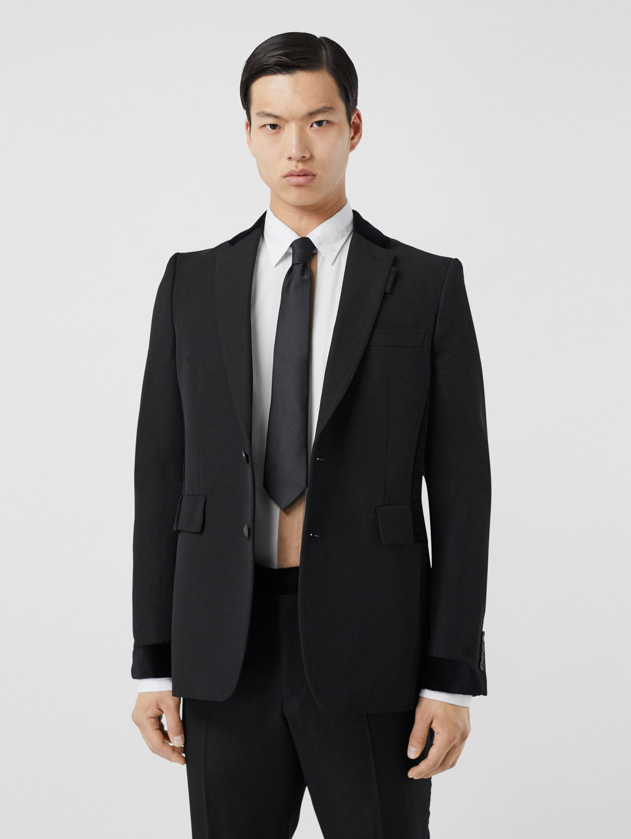 Classic Fit Velvet Trim Wool Tailored Jacket (Black)