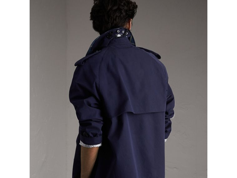 Unisex Tropical Gabardine Trench Jacket in Blueberry - Men | Burberry Hong Kong - cell image 1