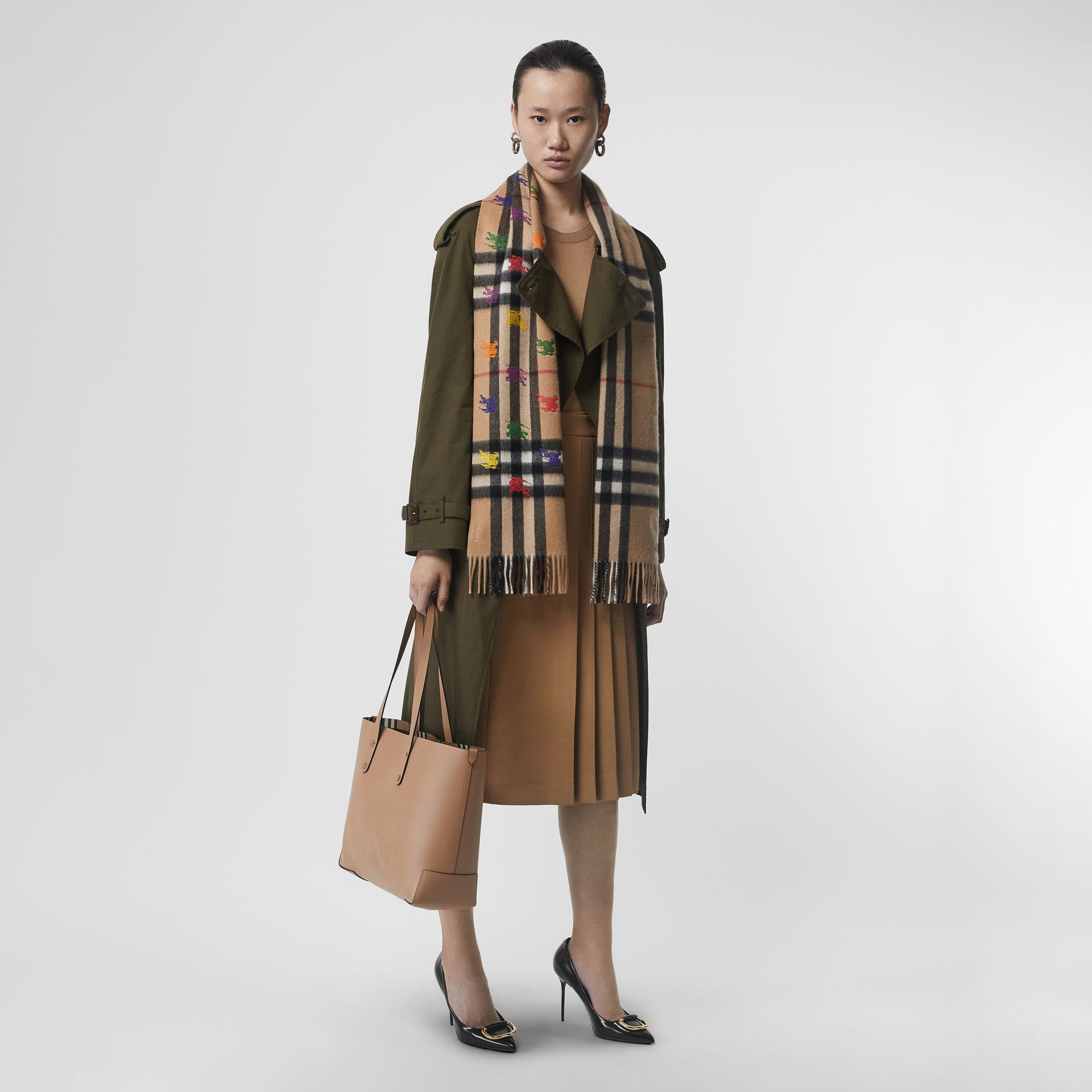 The Classic Check Cashmere Scarf in EKD Print in Camel | Burberry United Kingdom - gallery image 2
