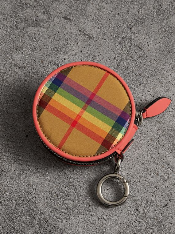 Rainbow Vintage Check Coin Case in Bright Peony