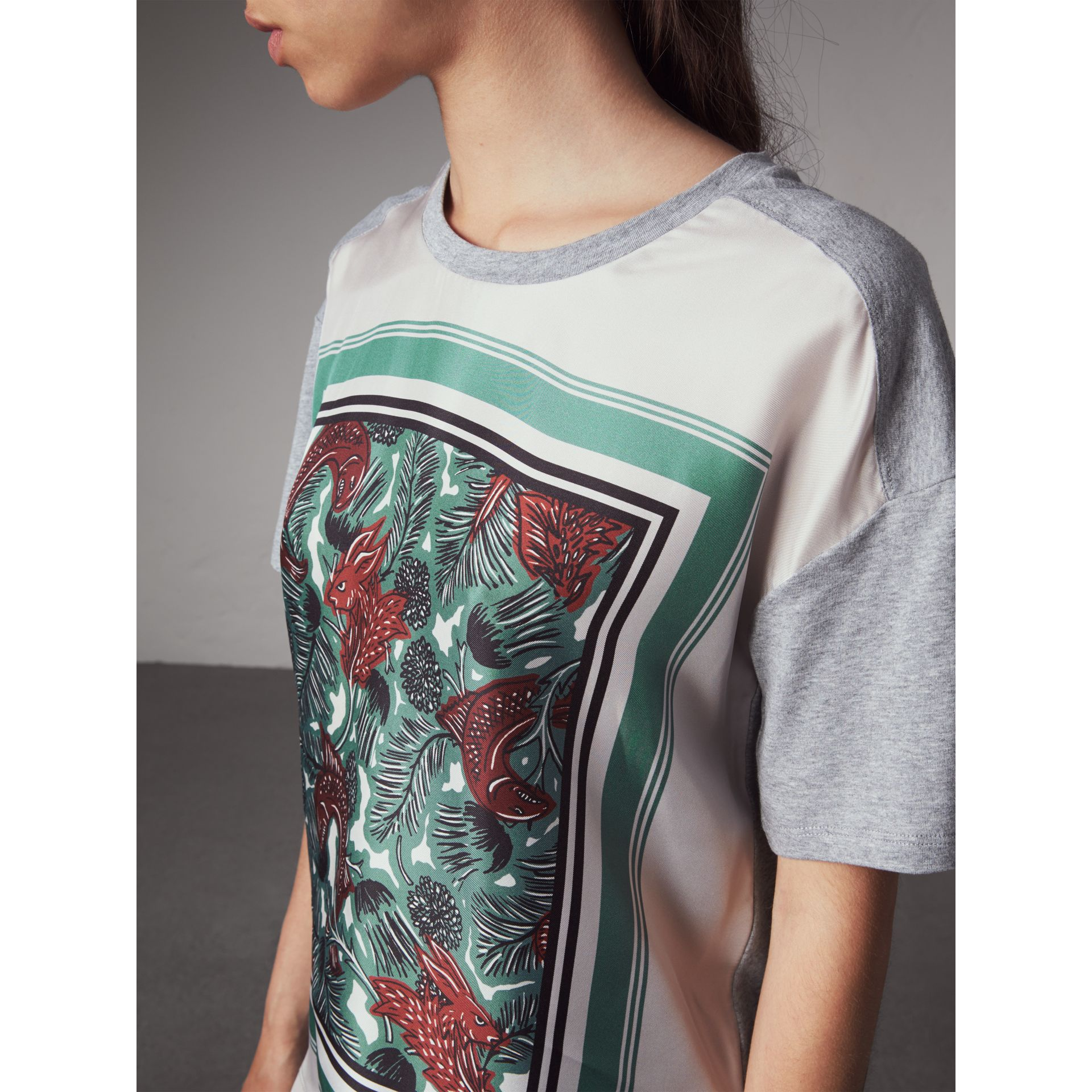 Beasts Print Silk Panel Cotton T-shirt in Pale Grey Melange - Women | Burberry - gallery image 2