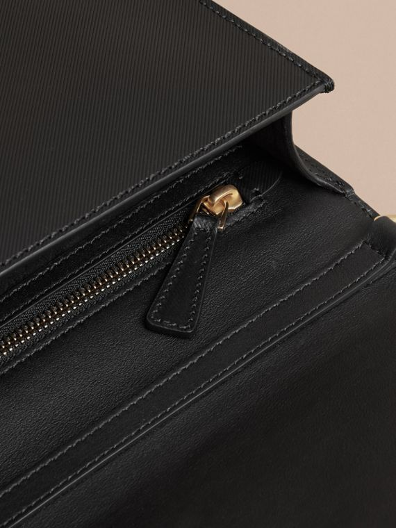 The Large DK88 Document Case in Black - cell image 3