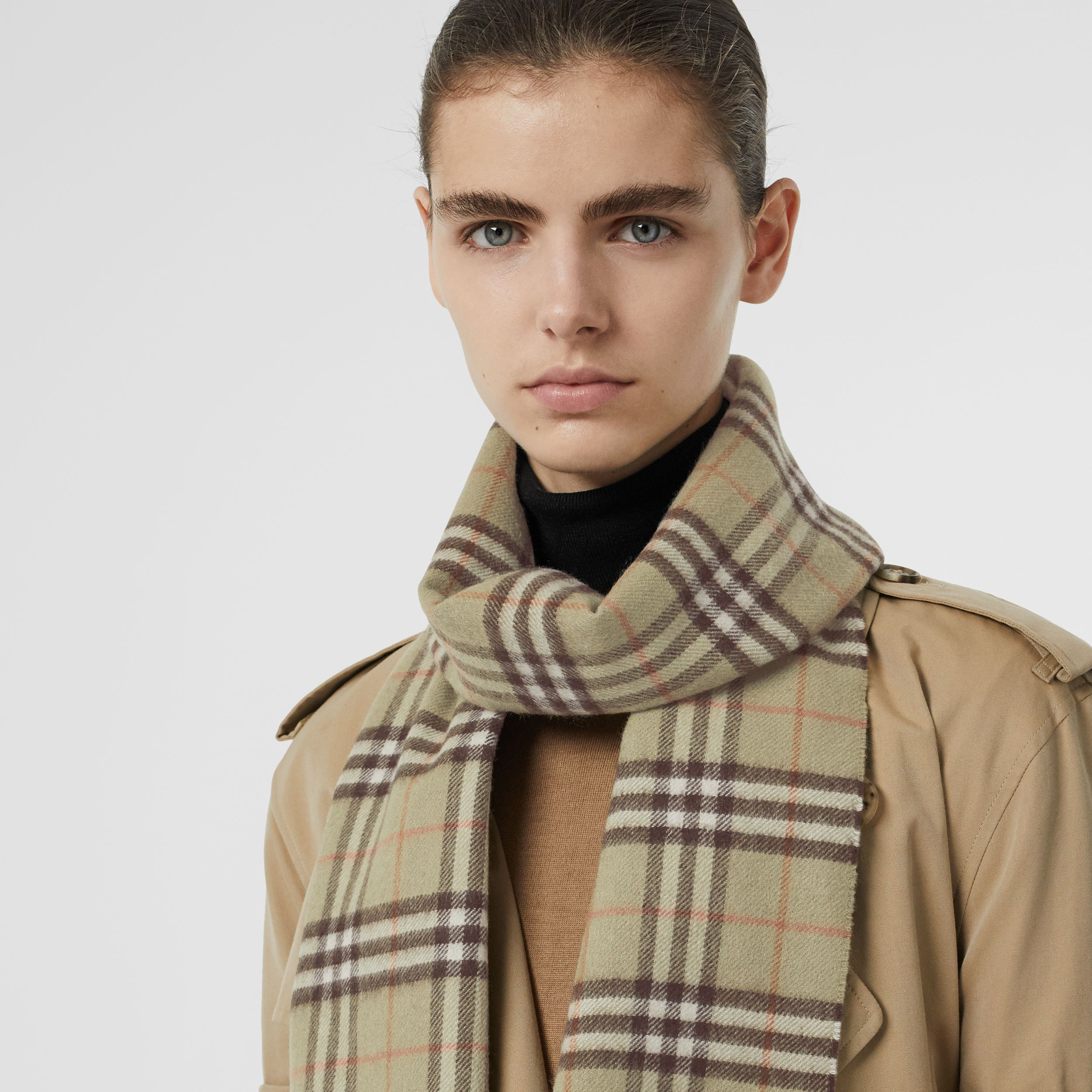 The Classic Vintage Check Cashmere Scarf in Pale Powder Green - Men | Burberry - 3
