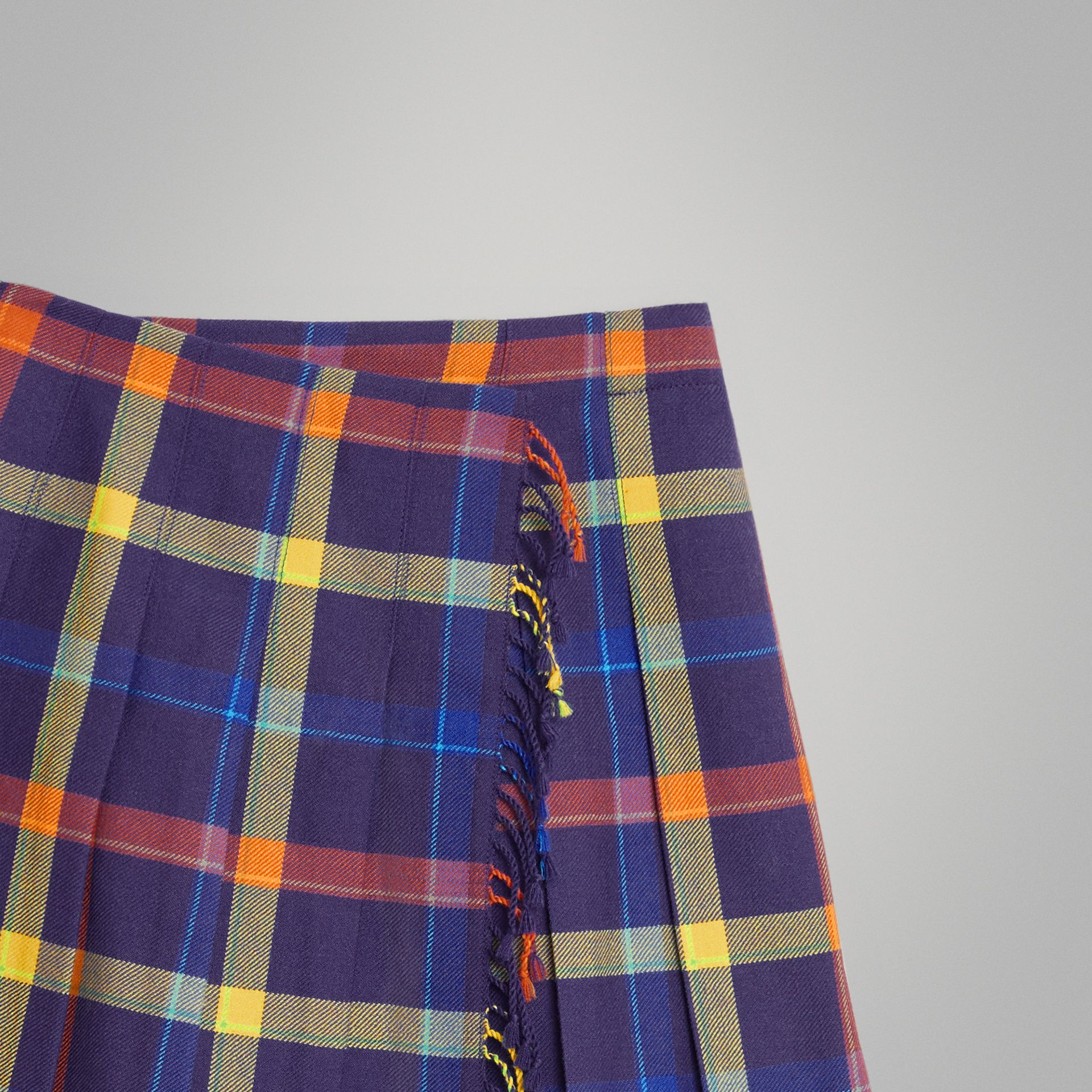 Fringe Detail Tartan Wool Kilt in Bright Navy | Burberry - gallery image 4