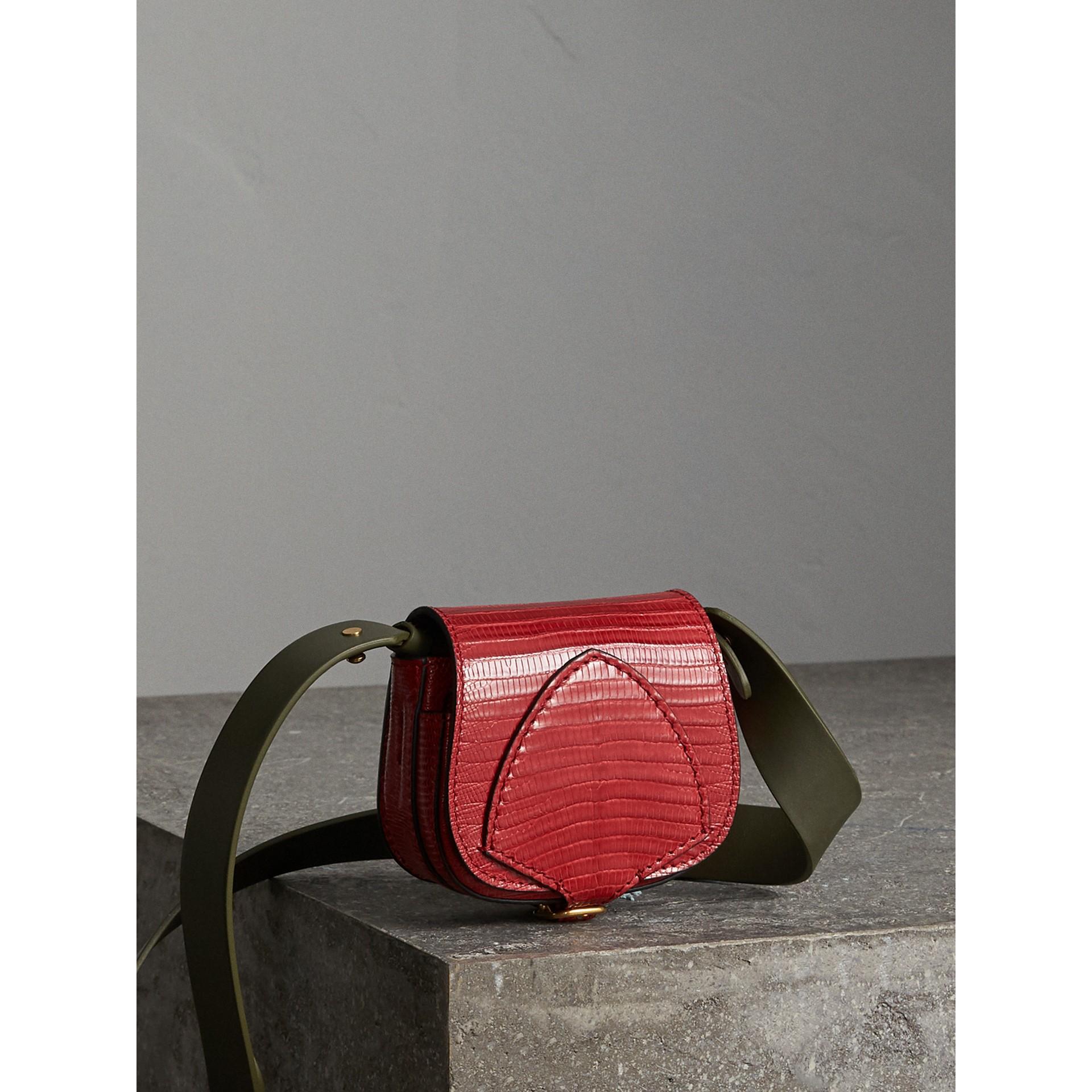 Bolsa Pocket Satchel de couro de lagarto (Vermelho Cravo) - Mulheres | Burberry - galeria de imagens 7