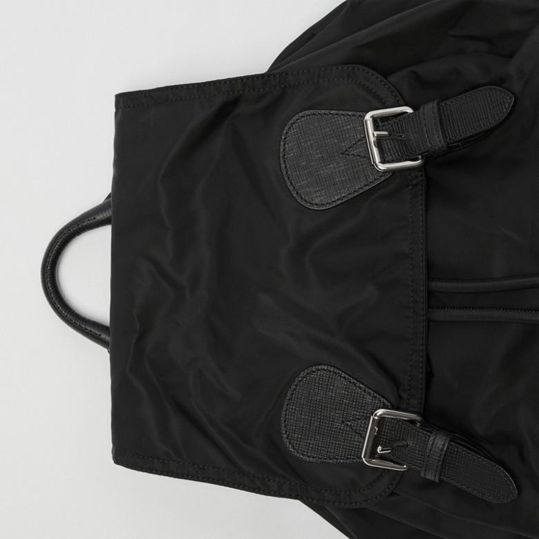 Burberry - Grand sac The Rucksack en nylon technique et cuir - 2
