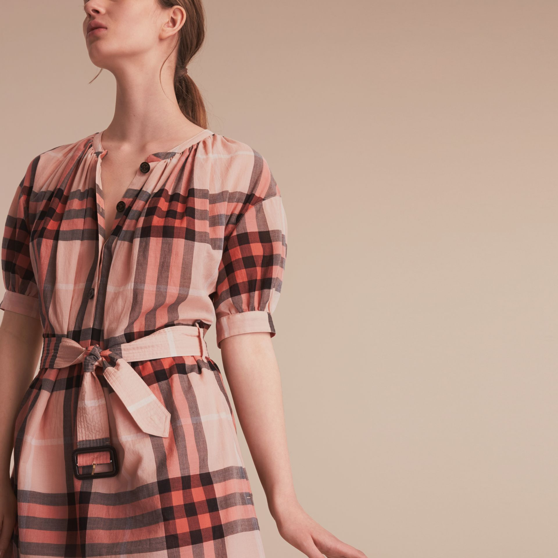 Short-sleeved Collarless Check Cotton Dress in Apricot - Women | Burberry - gallery image 5