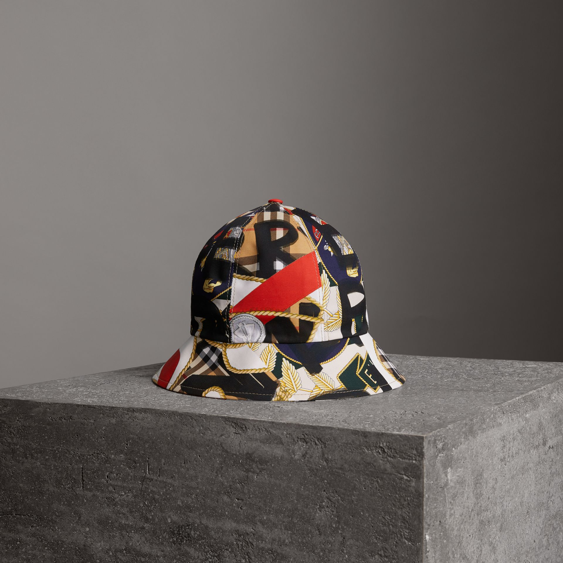 Graffiti Scarf Print Bucket Hat in Multicolour | Burberry - gallery image 0