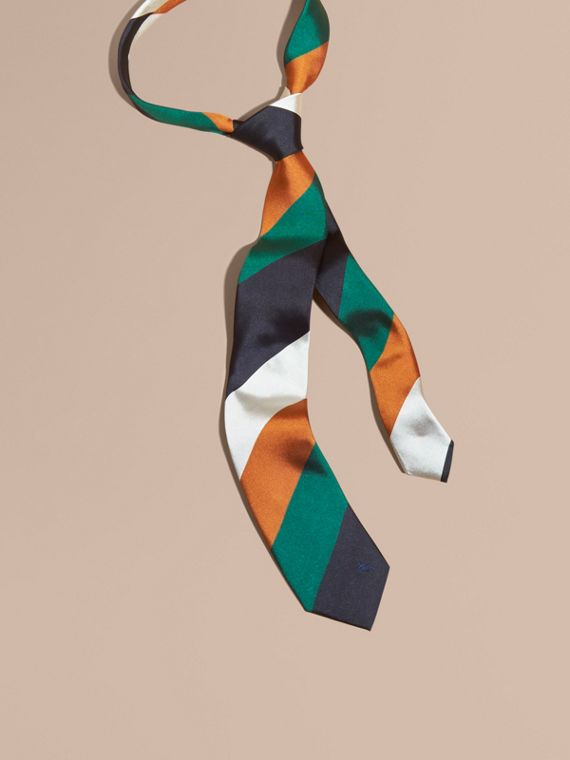 Modern Cut Collegiate Stripe Silk Tie Bright Pigment Green