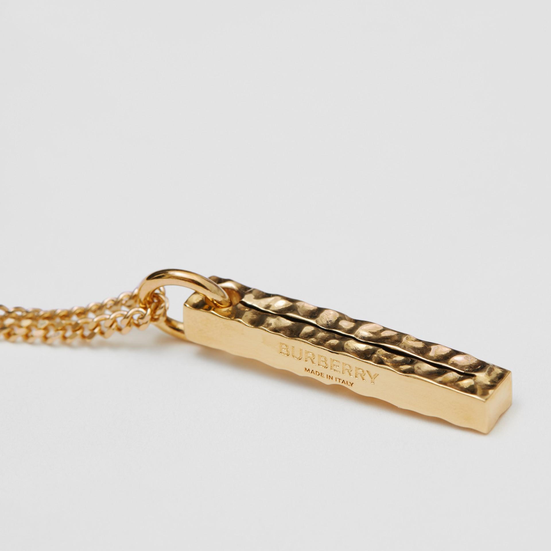 字母「I」吊飾鍍金項鍊 (淺金色) - 女款 | Burberry - 圖庫照片 1