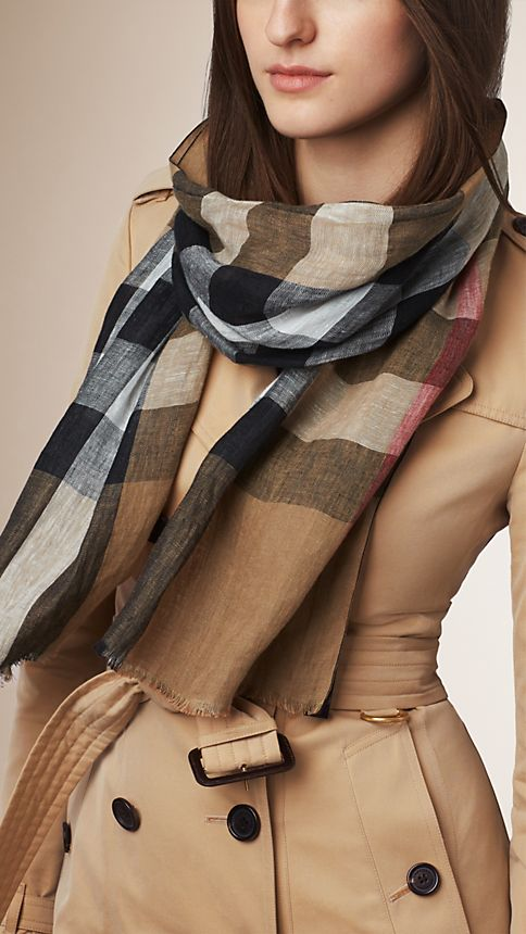 House check/black Check Linen Scarf - Image 2