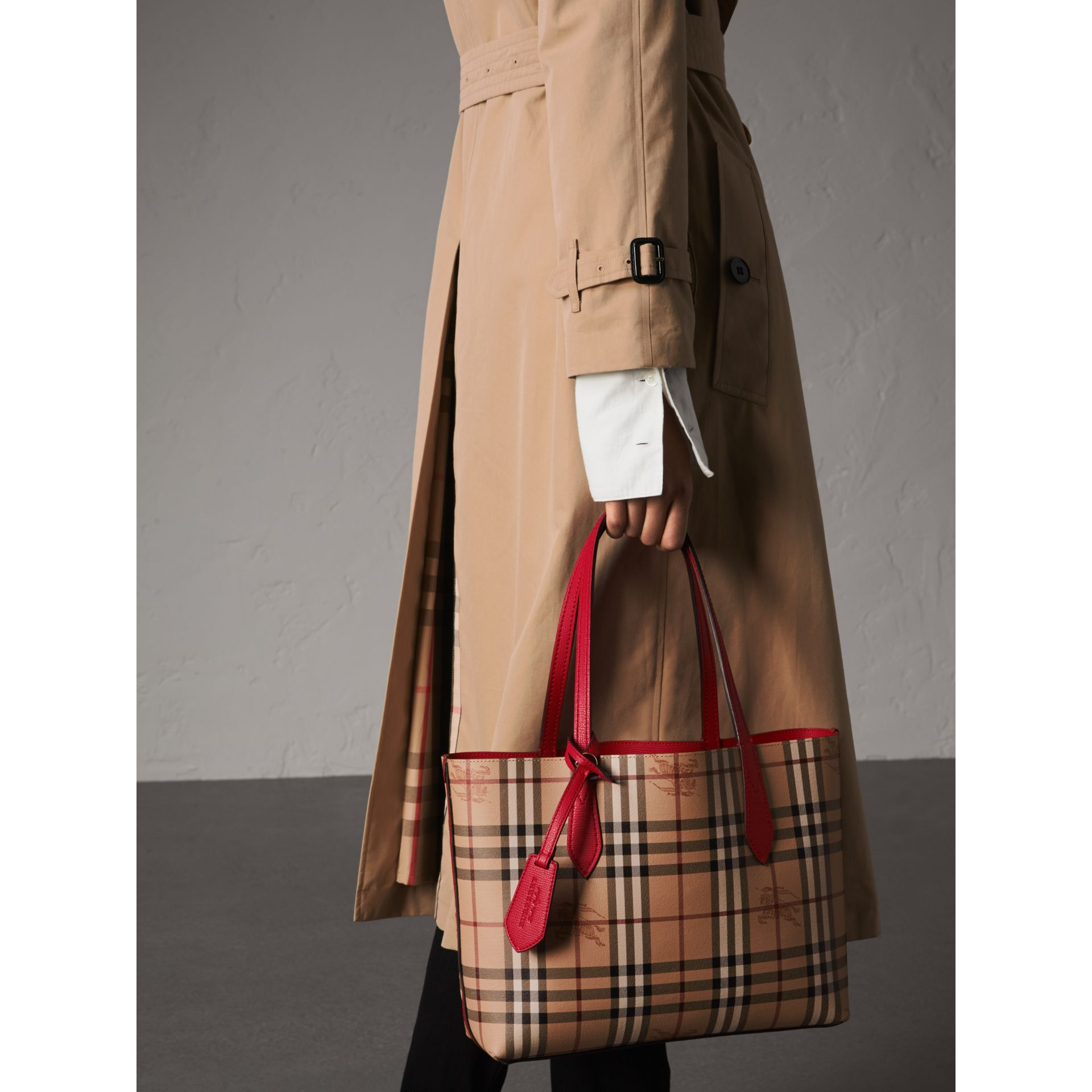 The Small Reversible Tote in Haymarket Check and Leather in Poppy Red - Women | Burberry - gallery image 4