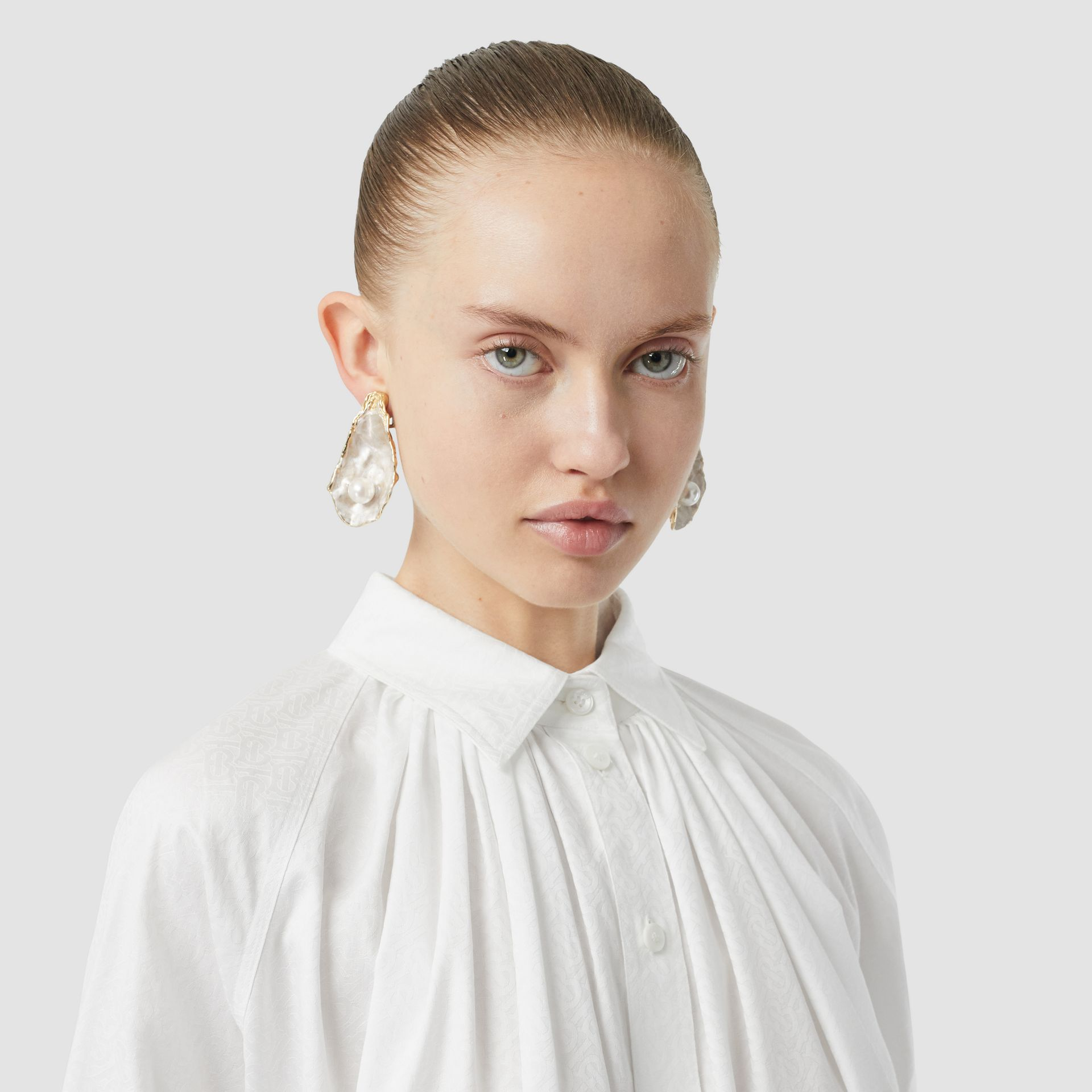 Monogram Cotton Jacquard Oversized Shirt in Optic White - Women | Burberry Singapore - gallery image 7