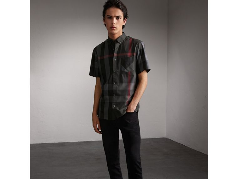 Short-sleeve Check Stretch Cotton Blend Shirt in Charcoal - Men | Burberry Singapore - cell image 4