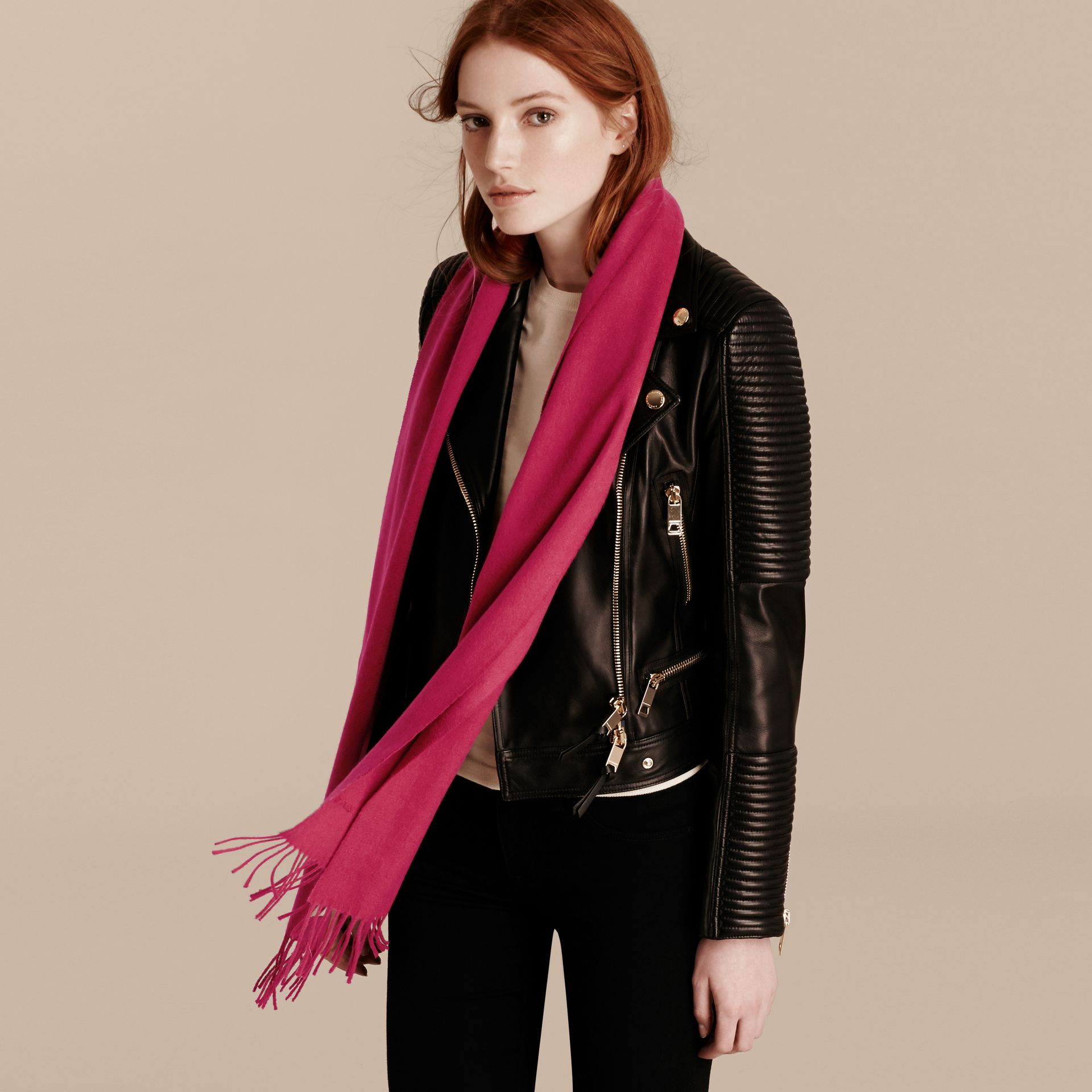 The Classic Cashmere Scarf in Fuchsia Pink | Burberry - gallery image 3