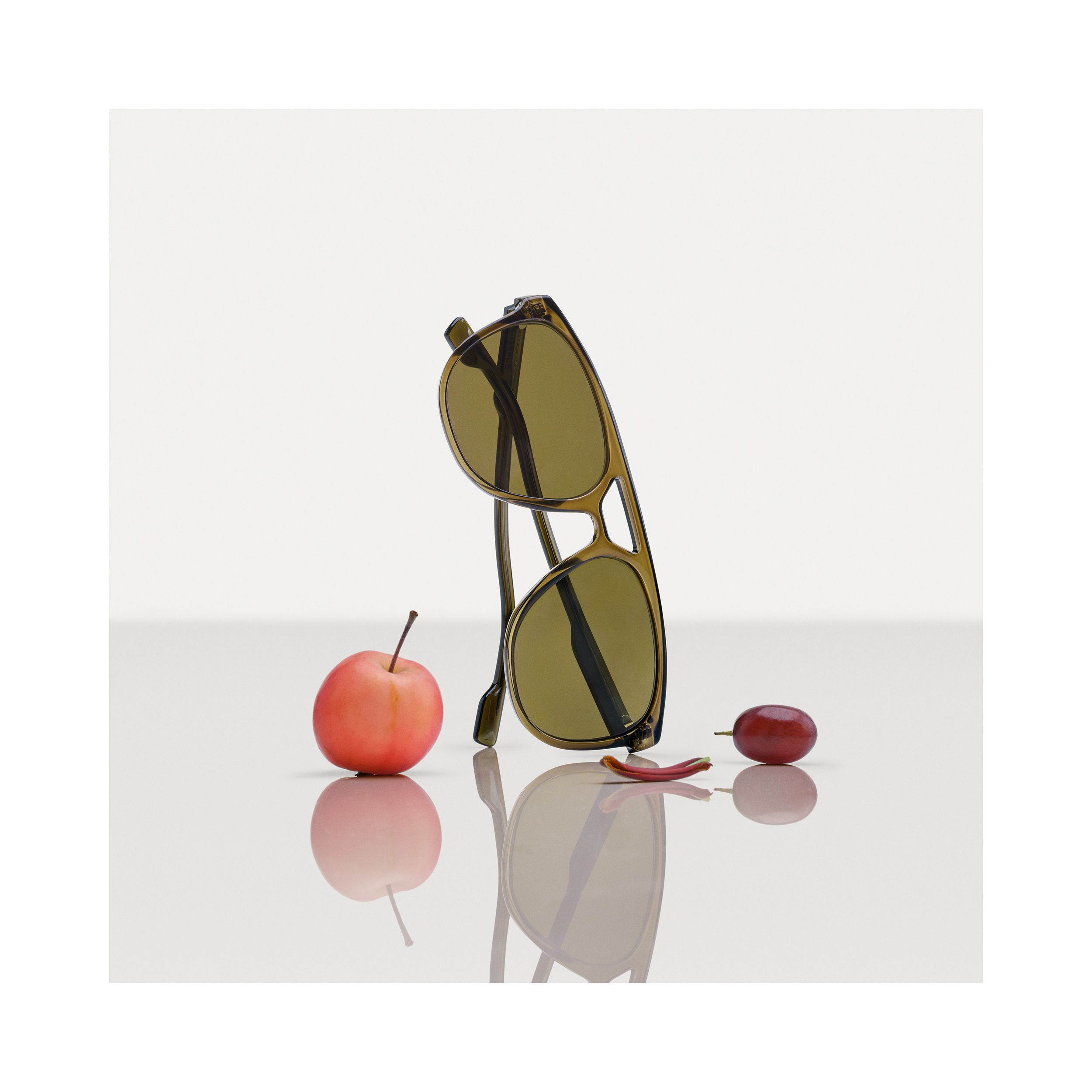 Navigator Sunglasses in Olive Green - Men | Burberry - 2