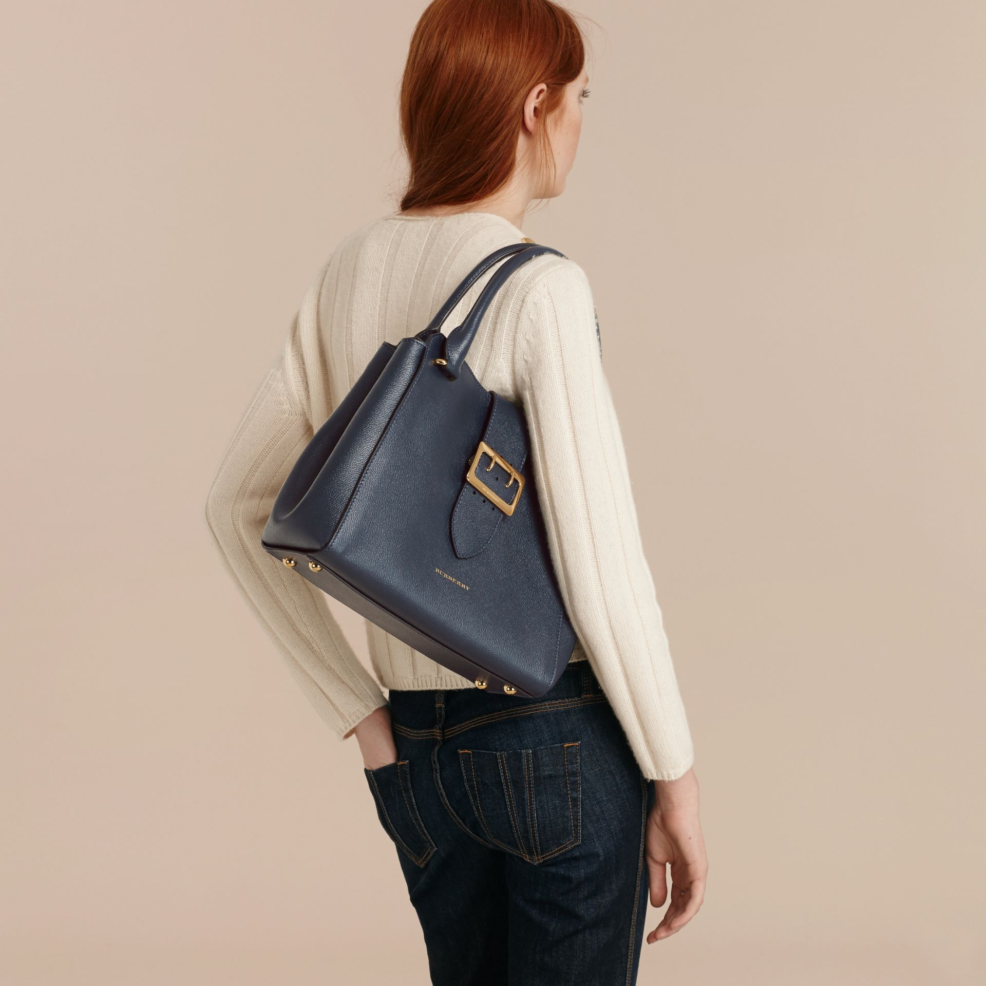 The Medium Buckle Tote in Grainy Leather in Blue Carbon - Women | Burberry Canada - gallery image 3