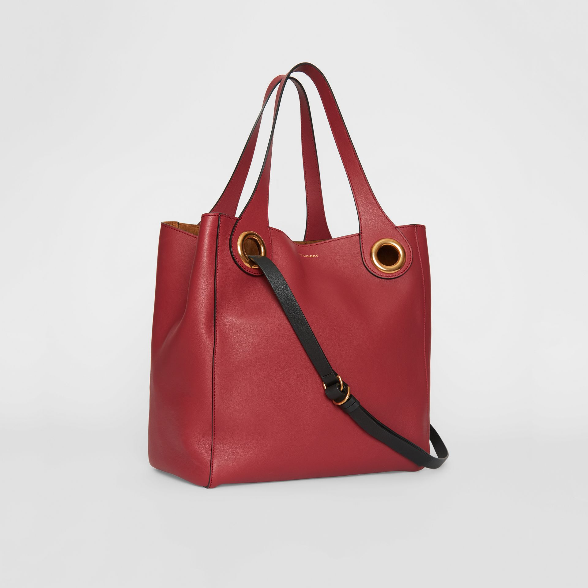 The Medium Leather Grommet Detail Tote in Crimson - Women | Burberry - gallery image 4