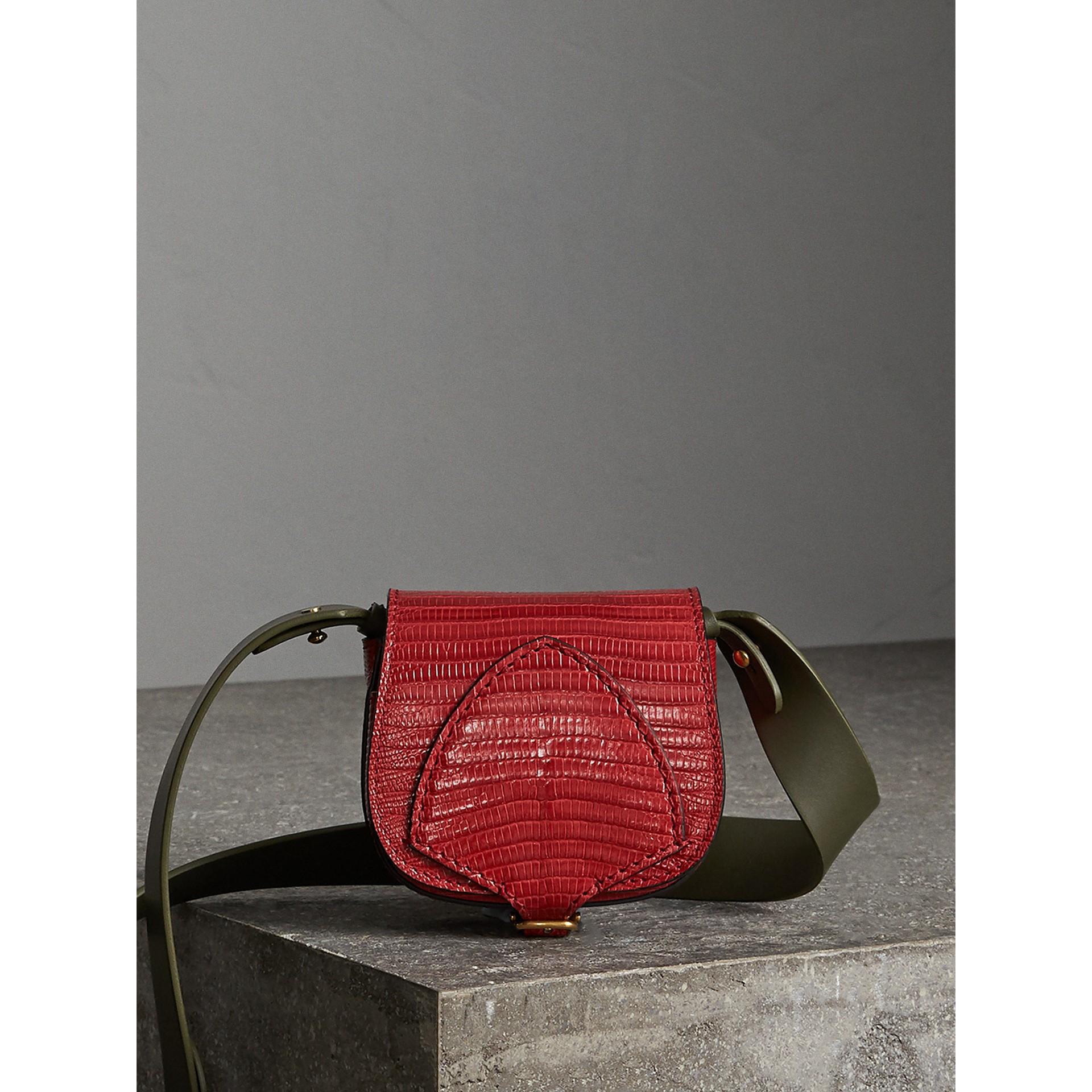 Bolsa Pocket Satchel de couro de lagarto (Vermelho Cravo) - Mulheres | Burberry - galeria de imagens 1