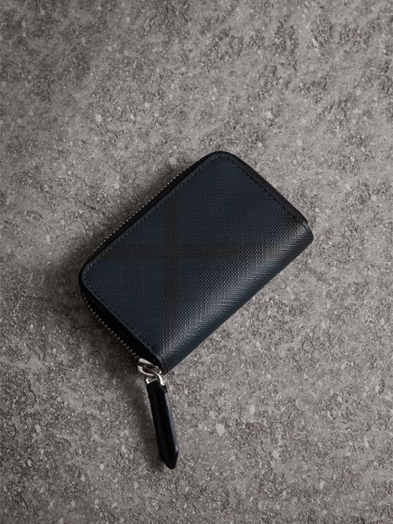 London Check Ziparound Coin Case in Navy/black