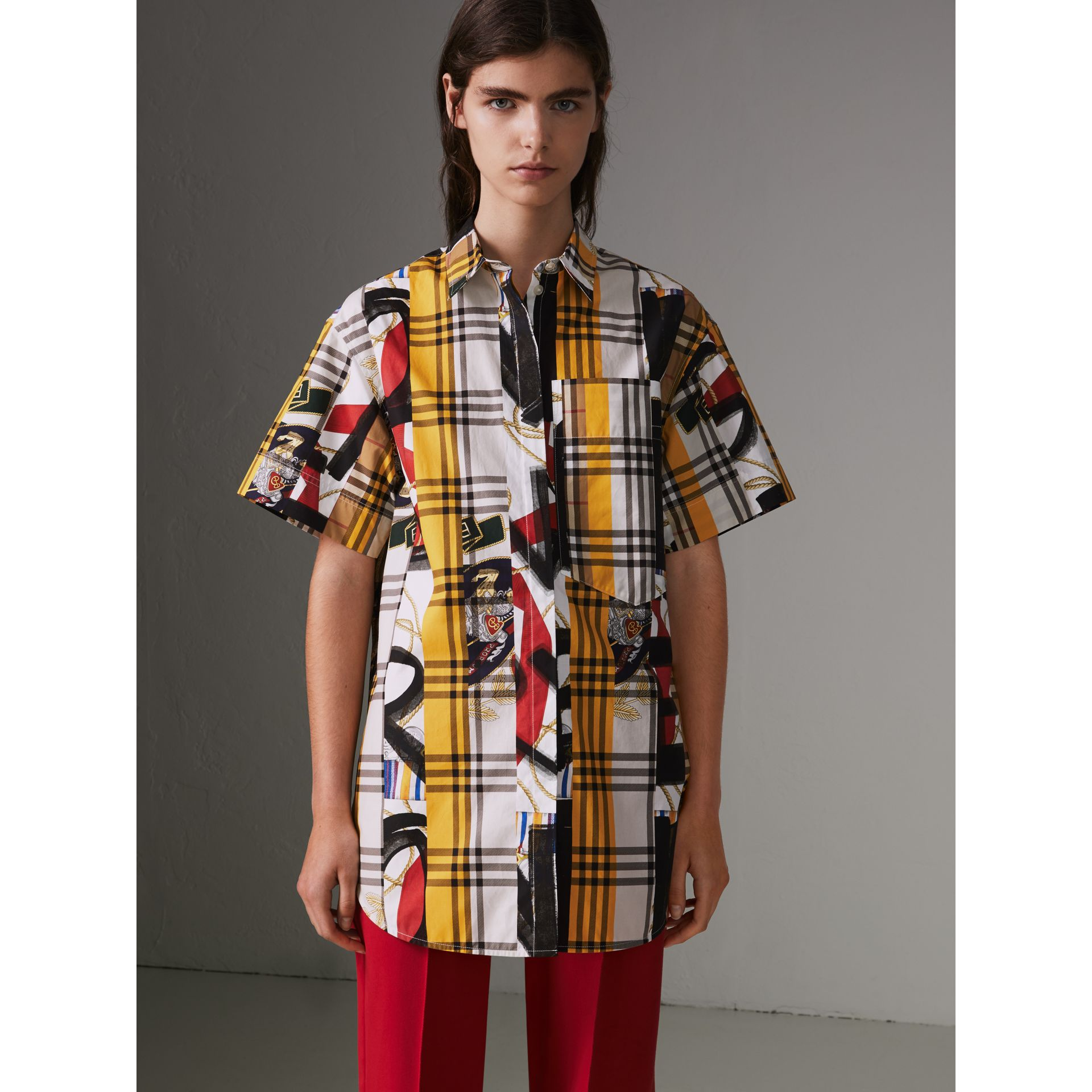 Short-sleeve Archive Scarf Print Check Cotton Shirt in Multicolour - Women | Burberry United Kingdom - gallery image 3