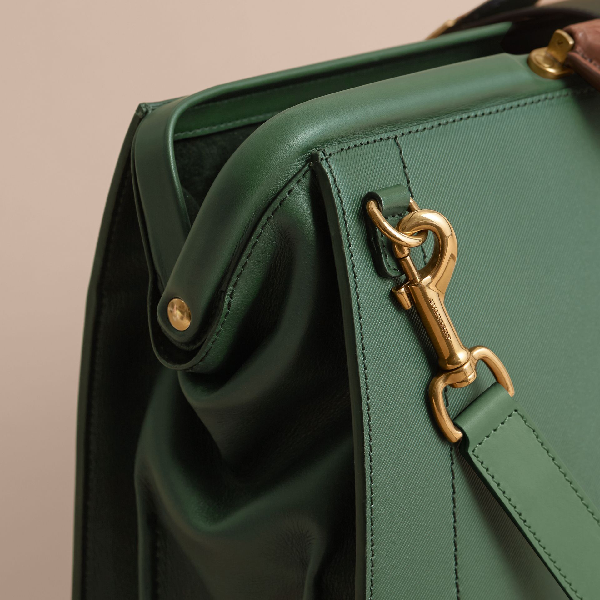 The DK88 Doctor's Bag with Alligator - gallery image 6