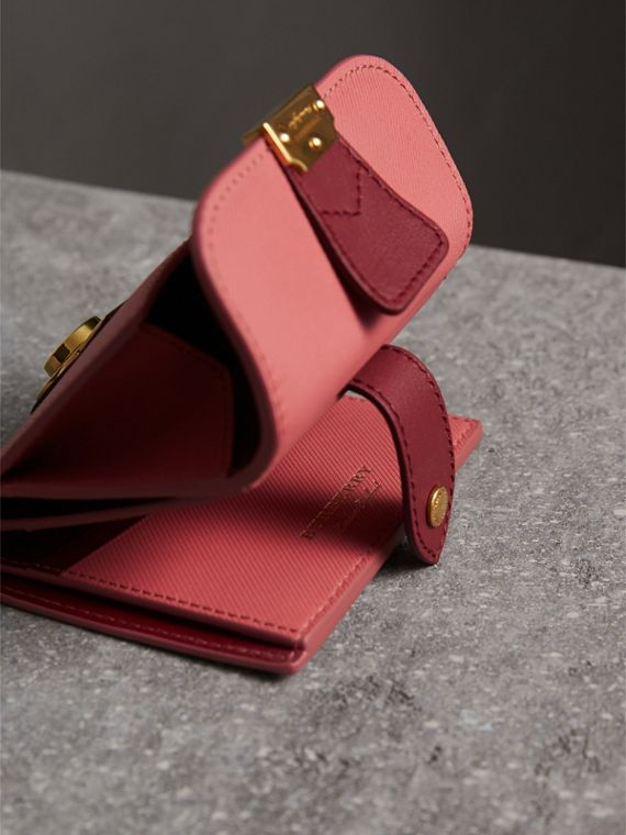 Two-tone Trench Leather Wallet in Blossom Pink/ Antique Red - Women | Burberry - cell image 3