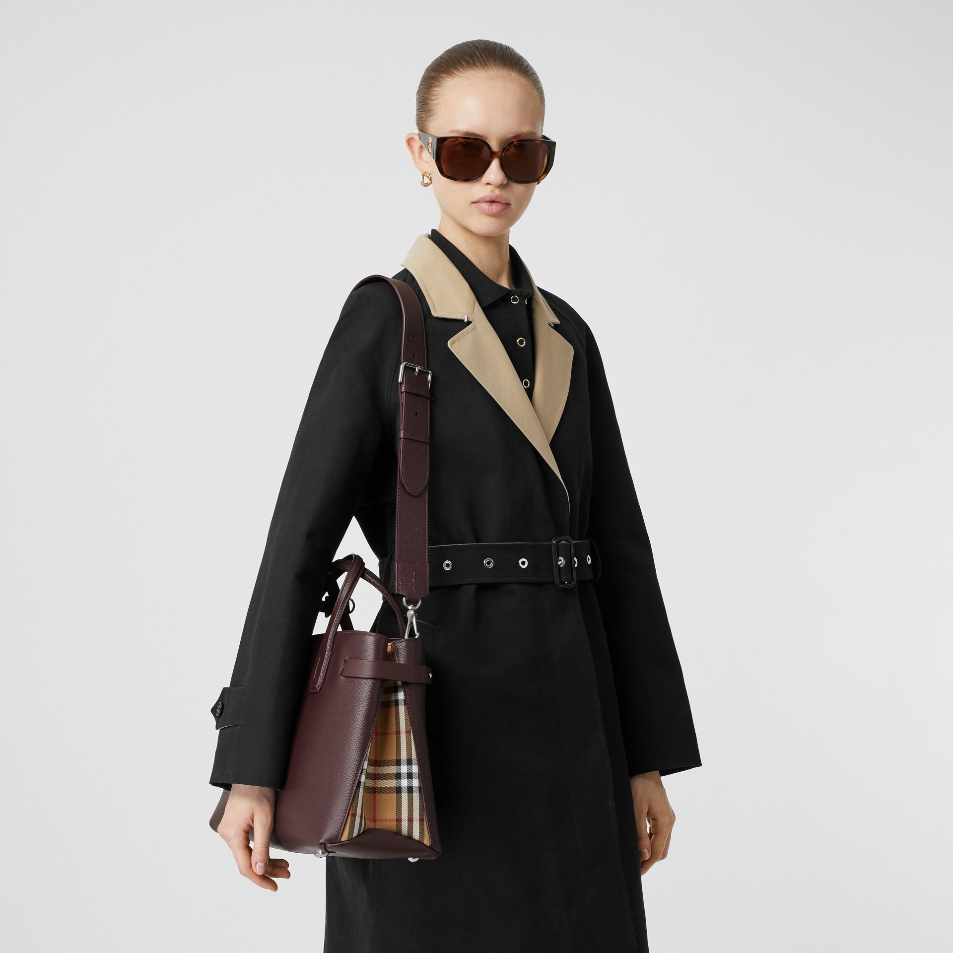 The Medium Banner in Leather and Vintage Check in Mahogany Red - Women | Burberry Australia - gallery image 2
