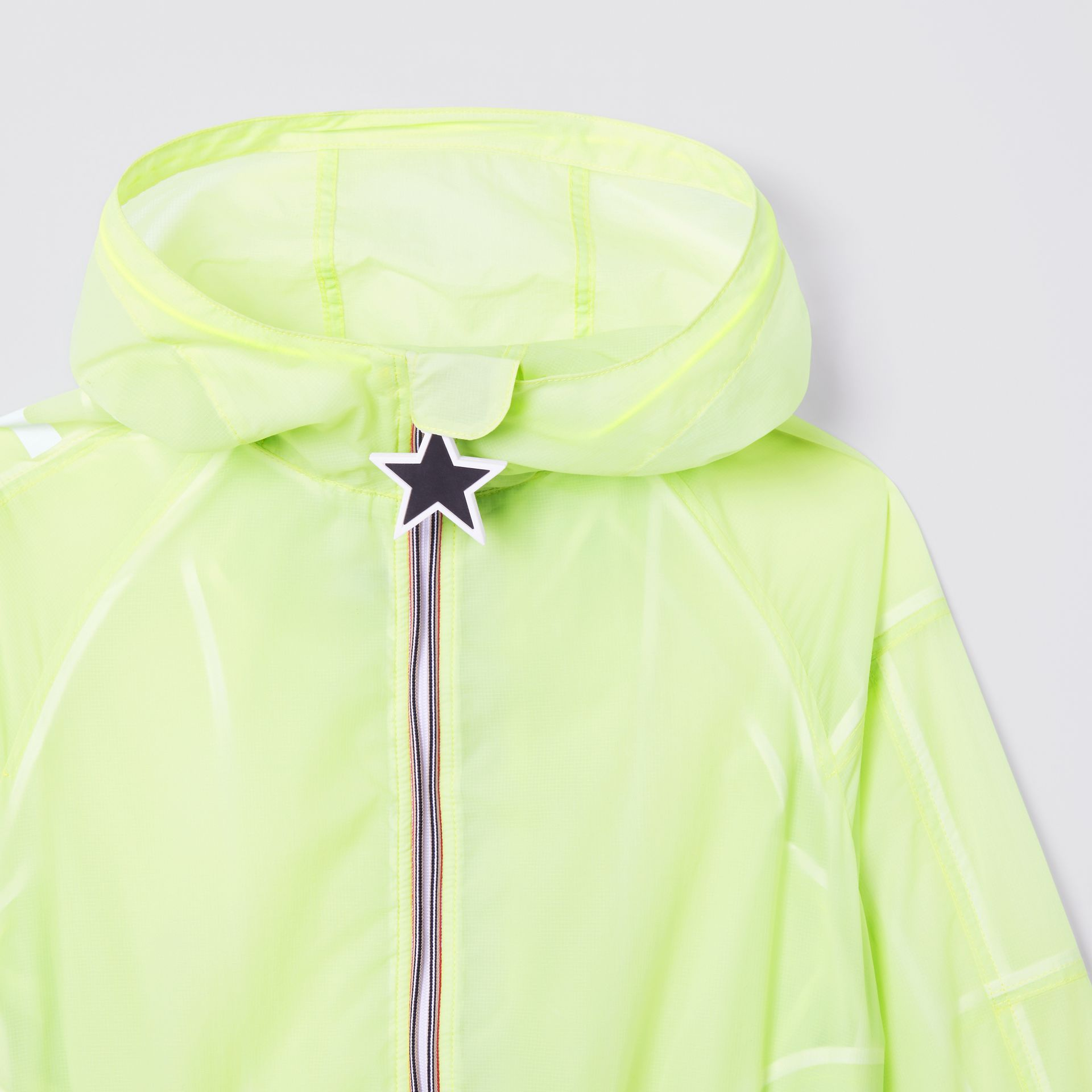 Star Detail Logo Print Lightweight Hooded Jacket in Pistachio | Burberry Hong Kong S.A.R - gallery image 5