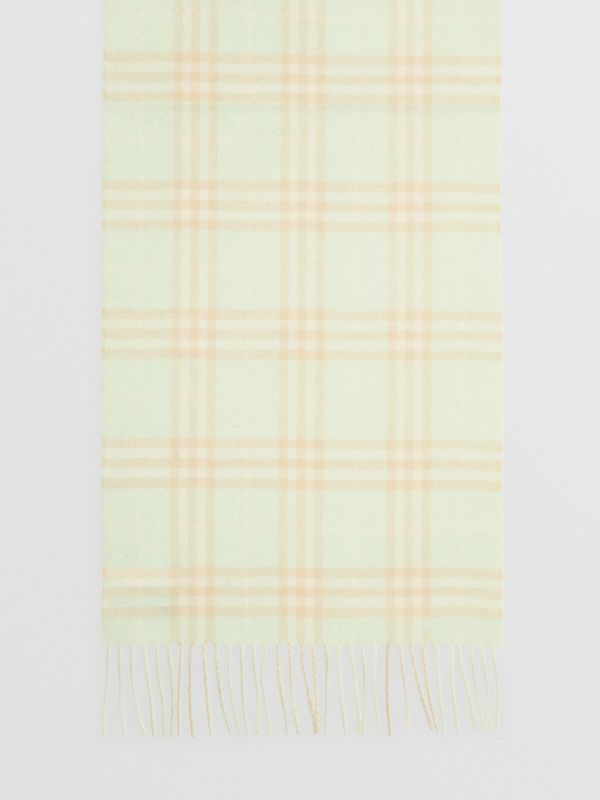 The Classic Vintage Check Cashmere Scarf in Pistachio | Burberry - cell image 2