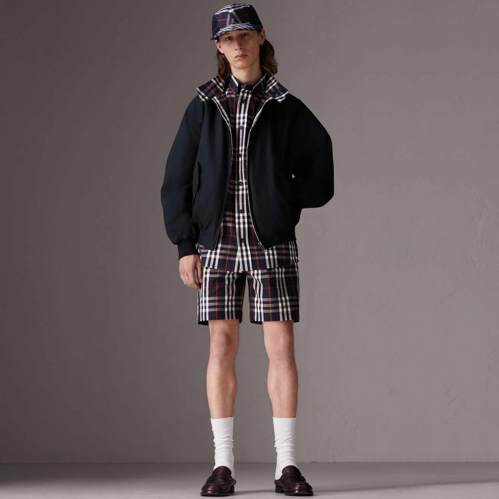 Gosha x Burberry Tailored Shorts in Navy | Burberry - gallery image 2