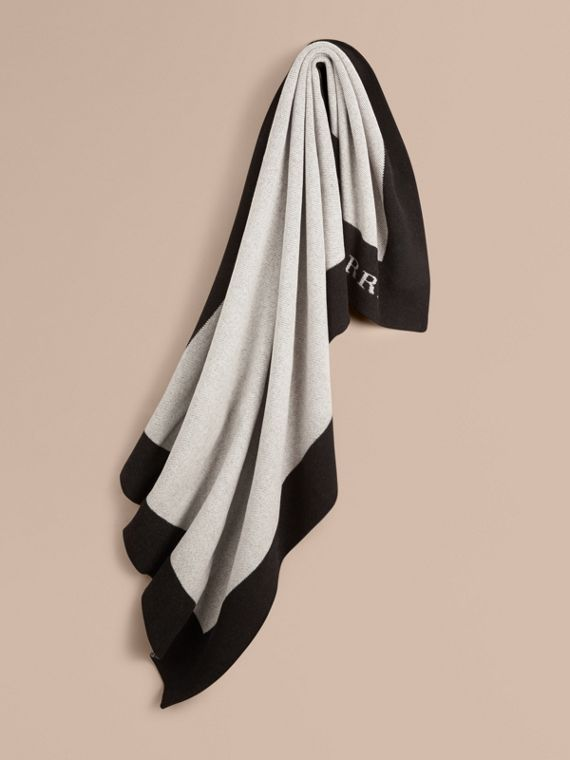 Contrast Border Wool Cashmere Blanket in Black/white