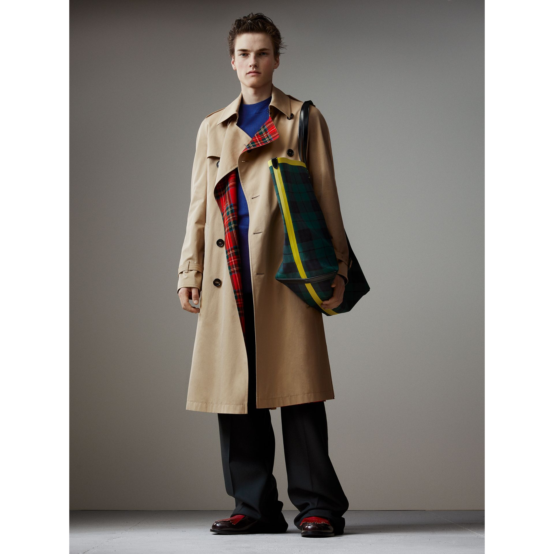 Tartan-lined Cotton Gabardine Trench Coat in Honey - Men | Burberry Singapore - gallery image 1