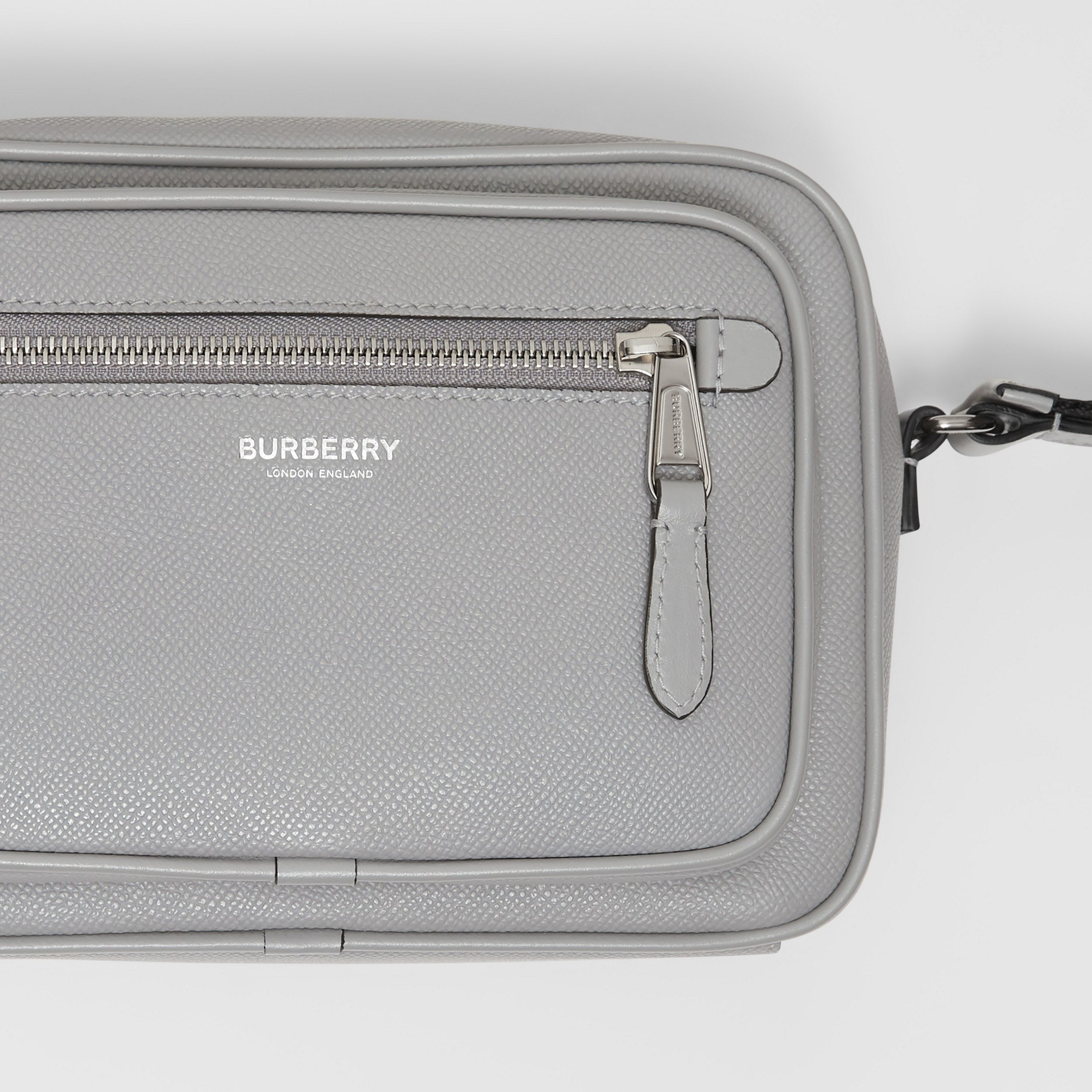 Grainy Leather Crossbody Bag in Cloud Grey - Men | Burberry - 2