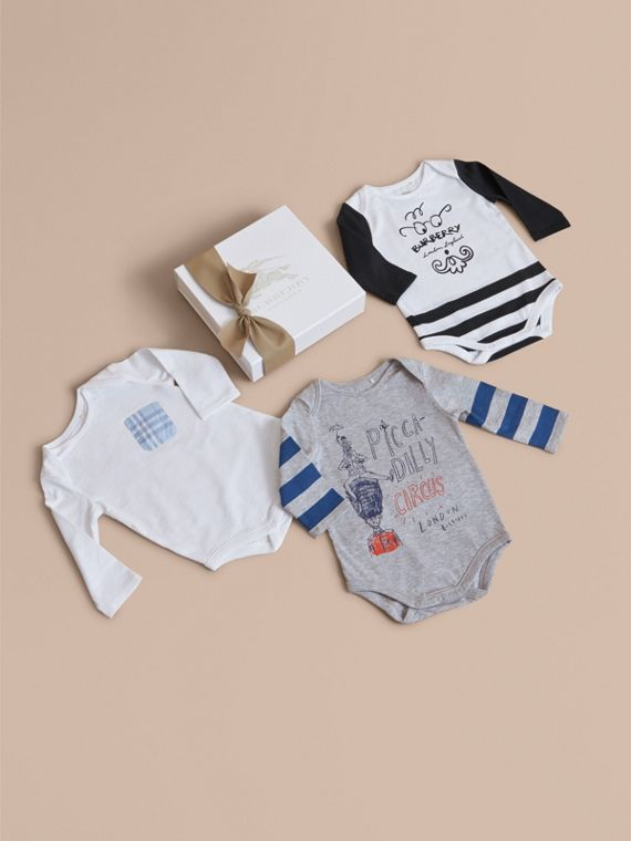 Printed Cotton Three-piece Baby Gift Set in White
