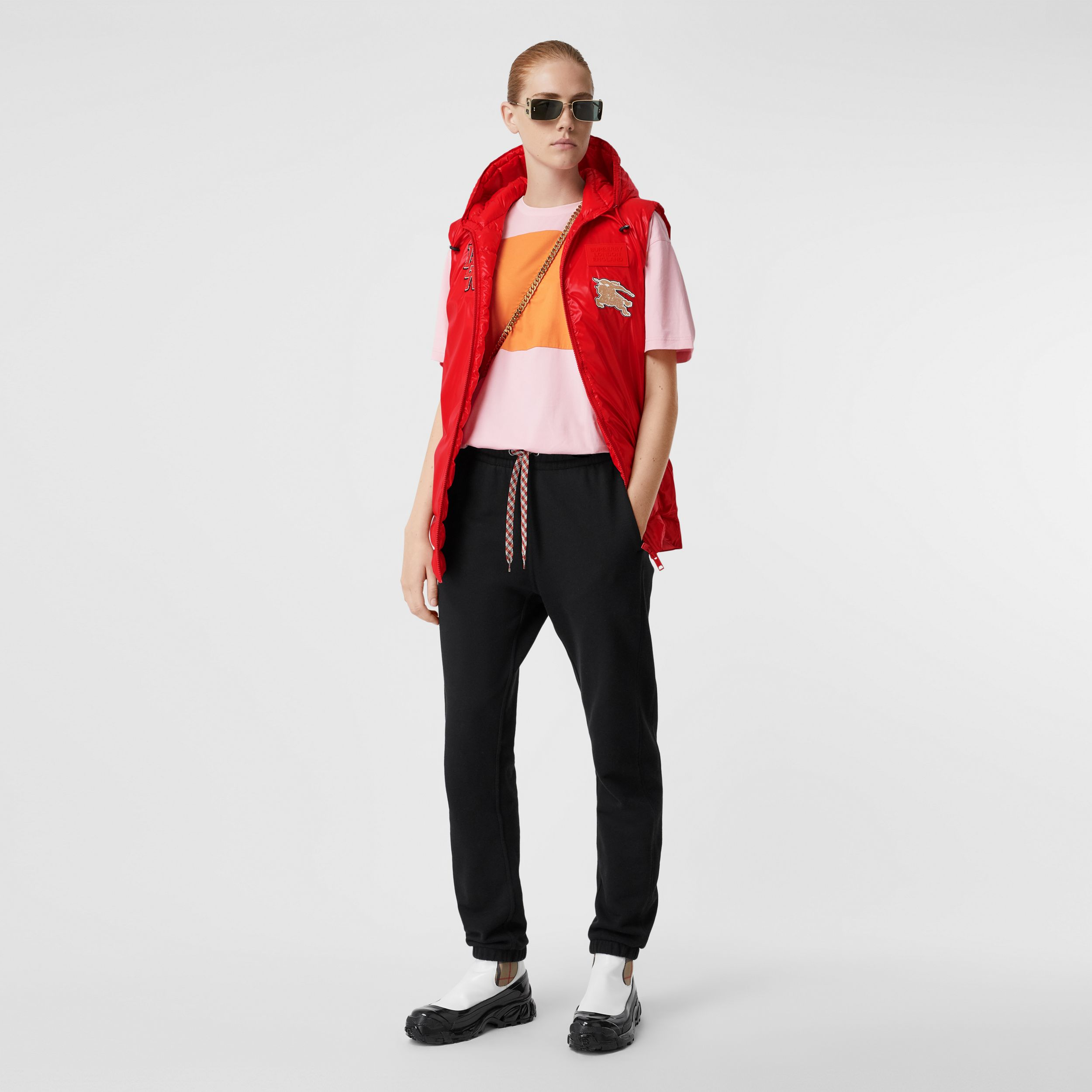 Logo Graphic Puffer Gilet in Bright Red - Women | Burberry - 1